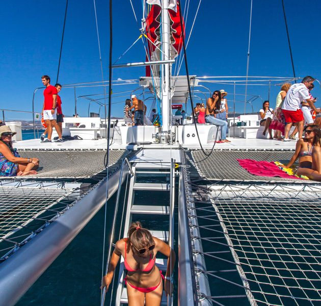 Red Cat Catamaran Panama Tours